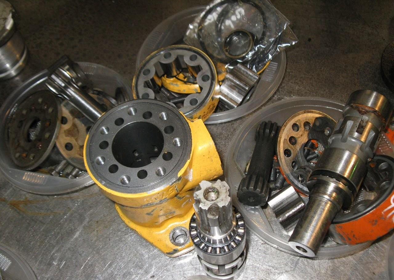 Ремонт гидравлики, гидронасосов, гидроцилиндров оказываем услуги, компании по ремонту