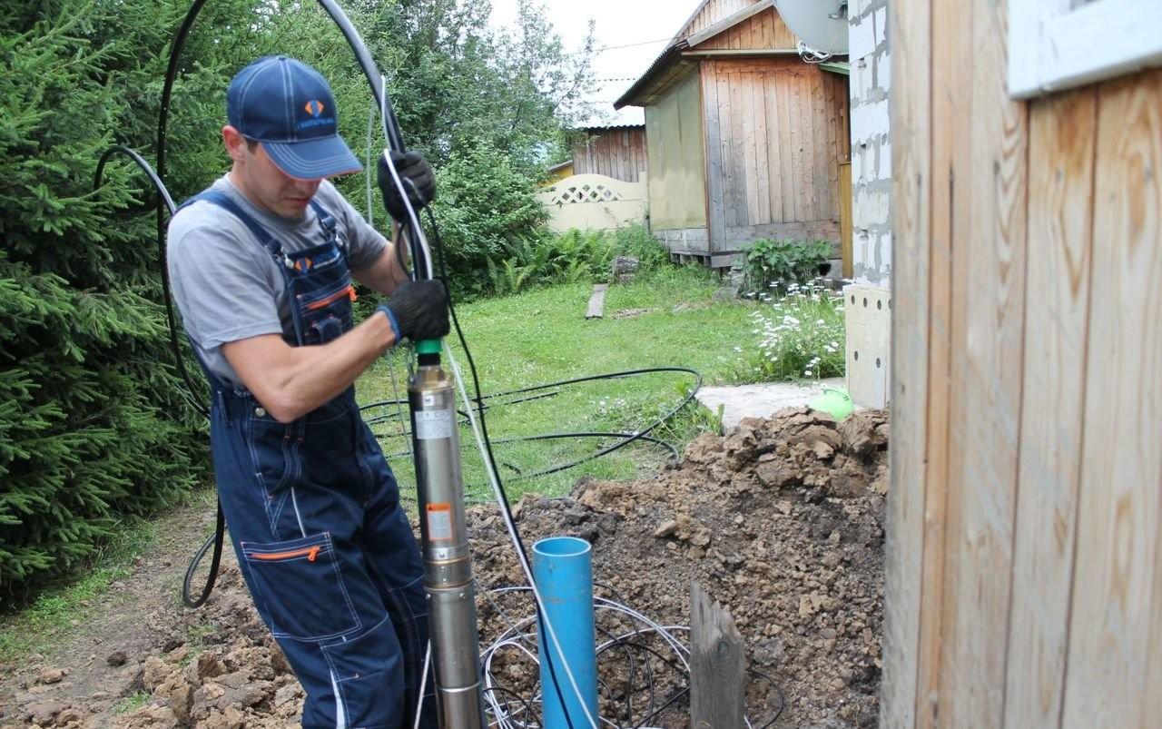 Бурим скважины на воду - Зверево, цены, предложения специалистов